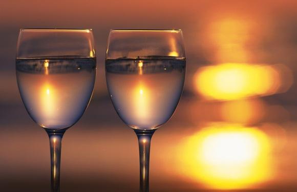 wine-glasses-in-harmony_1280x1024_35977